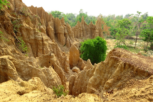 Things to do in Nan, Thailand: Sao Din Na Noi, the Wild West in the north of Thailand