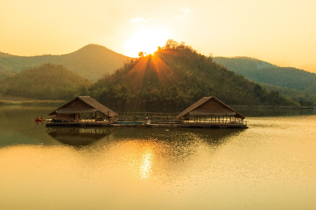 Things to do in Suphan Buri, Thailand: Life on the raft at Hub Khao Wong Reservoir
