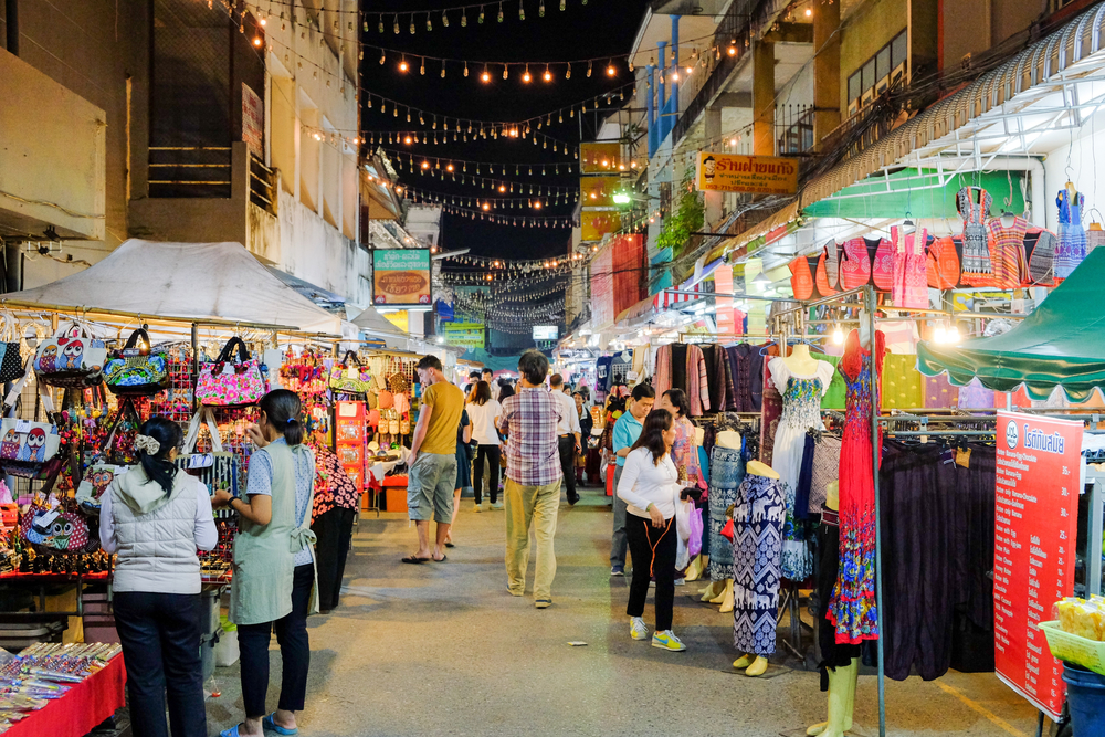 Things to do in Chiang Rai, Thailand: Night shopping at Chiang Rai Night Bazaar