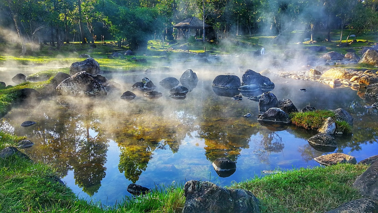 Things to do in Lampang, Thailand: Chae Son Hot Spring