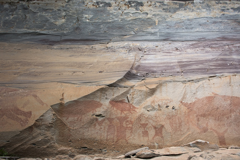Things to Do in Ubon Ratchathani, Thailand: Prehistoric Cave Paintings at Pha Taem