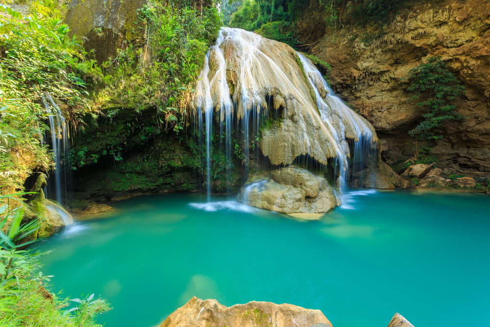 Things to do in Lamphun, Thailand: The lovely colors of Koh Luang Waterfall